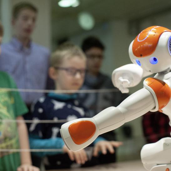 Roboter Paul